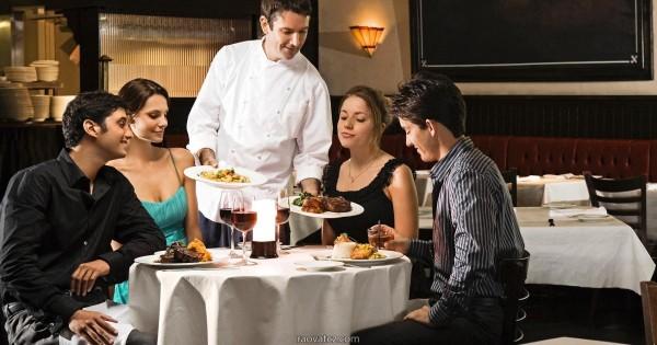 Cần tìm bồi bàn cho quán ăn trung tâm Praha, full time hoặc part time.
