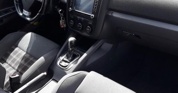 volkswagen Golf GTI, đời 2006, 2.0 máy xăng đã chạy 200xxx km