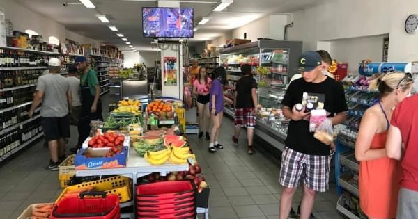 Cần tìm nam làm potraviny cách trung tâm Plzen 35Km