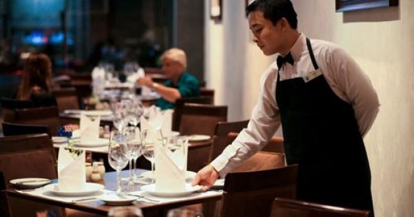 Quán ăn ở Praha 10 Uhřineves tuyển nhân viên bồi bàn