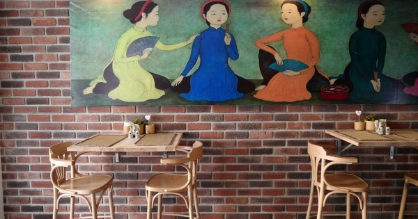 Tuyển vị trí bồi bàn và phụ bếp cho nhà hàng tại TT Praha