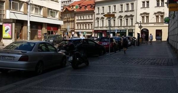 Cửa hàng tai Praha có thể ký được hợp đồng làm Potraviny