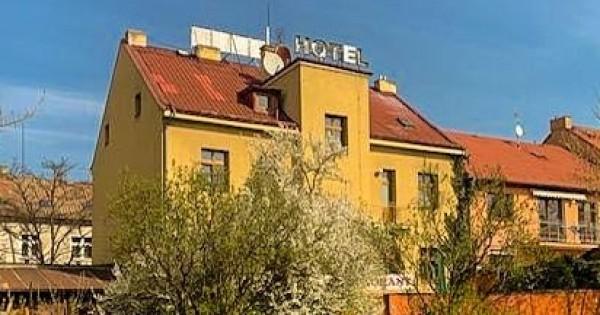 Bán bất động sản làm khách sạn, chủ tư nhân ở Praha 9