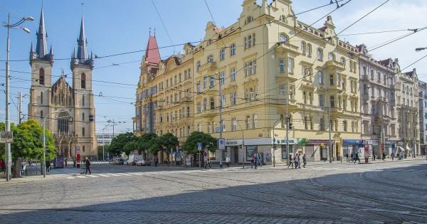 Nhà tại Praha 7 3+1 còn 1 phòng trống cần tìm người về ở