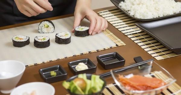 Quán ăn tại Brno cần tìm 1 đầu bếp có kinh nghiệm và 1 thợ Sushi