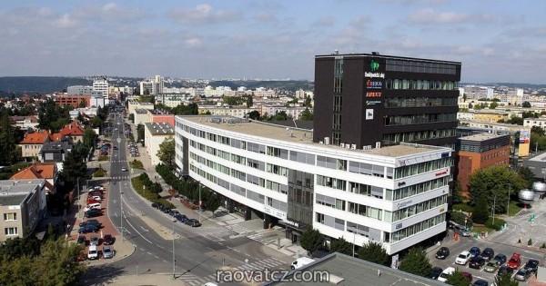Nhà byt có phòng cho thuê tại Praha 4 gần TTTM Sapa