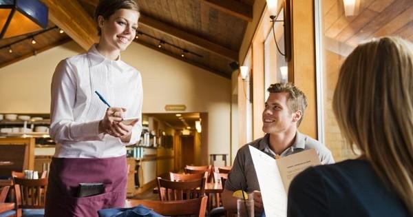 Quán ăn praha 6 cần tìm bồi bàn buổi sáng từ 10:00-15:00