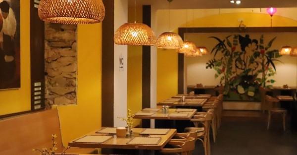 Nhà hàng tại trung tâm Praha cần tìm phục vụ