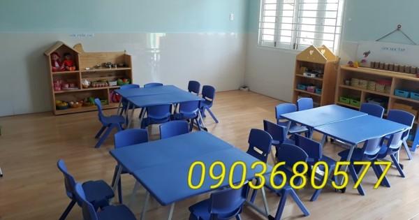 Chuyên cung cấp bàn và ghế nhựa cho trẻ em mầm non giá cực SỐC