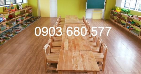 Cung cấp bàn ghế gỗ trẻ em cho trường mầm non