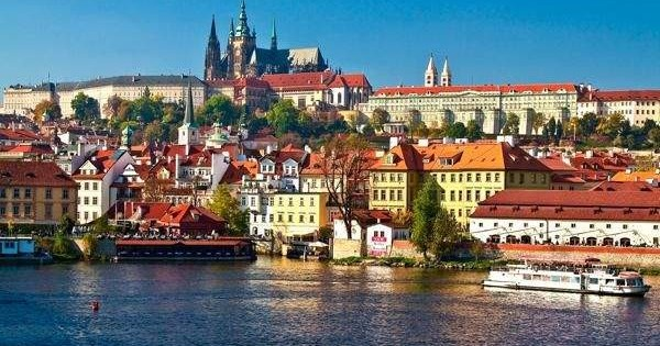 Chuyển nhượng hợp đồng thuê căn hộ tầng trệt 1+1 (45m2) tại Praha 4