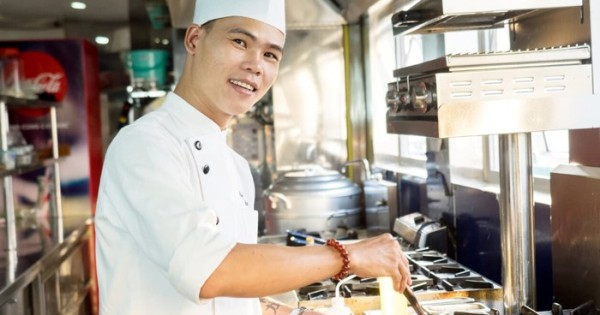 Quán VN Praha 1 tuyển đầu bếp đồ việt/thái có giấy tờ trvalý, dưới 40 tuổi